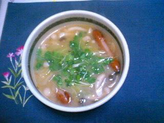 キノコとキャベツのお味噌汁